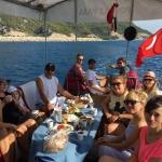 Antalya Körfezinde Sportif ve Amatör Balık Avcılığı konusunda deneyimli kadrosu ve güler yüzüyle sizlere hizmet etmekteyiz.