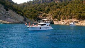 Falez Motoryat Antalya - Baş Üstü Güverte